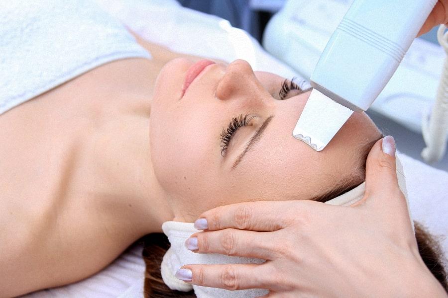 Ультразвукова терапія обличчя